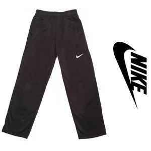 NIKE Therma-Fit Pants M (boys)
